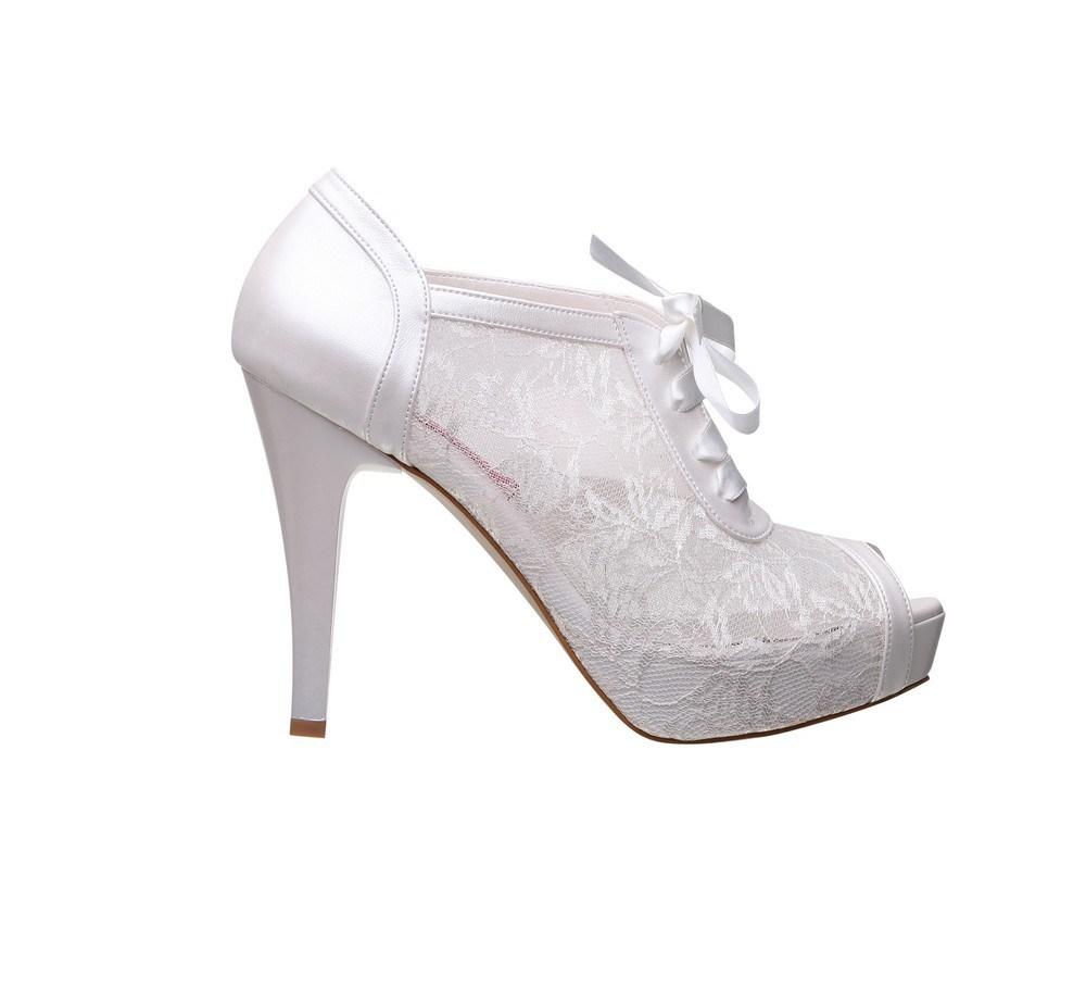 2018 Gelinlik Ayakkabı Modelleri - En Özel Gününüzde Ayağınızdaki Işıltı