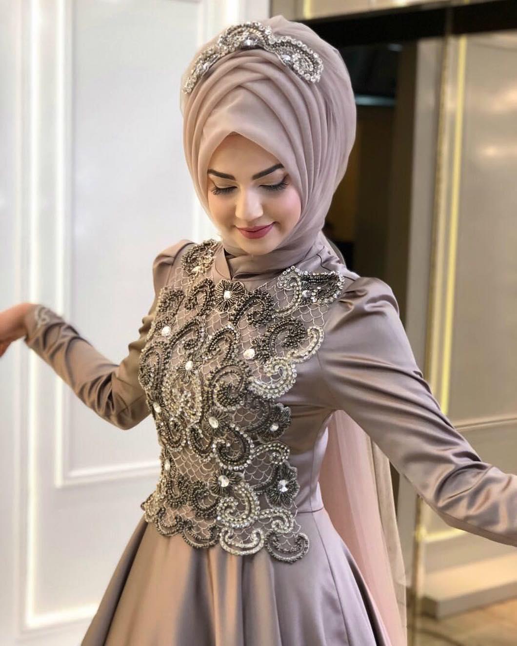 2018 Kapalı Nişanlık Modelleri 3 - 2018 Pınar Şems Abiye Modelleri