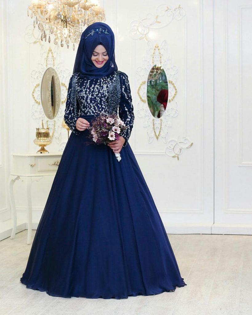 Pinarsems Abiye Modelleri 31 819x1024 - 2018 En Güzel Tesettür Abiye Elbiseleri
