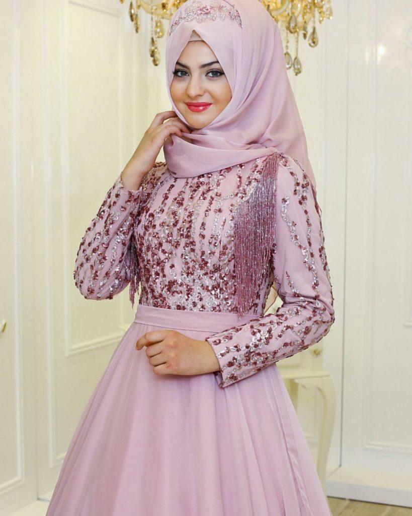 Pinarsems Abiye Modelleri 32 819x1024 - 2018 En Güzel Tesettür Abiye Elbiseleri