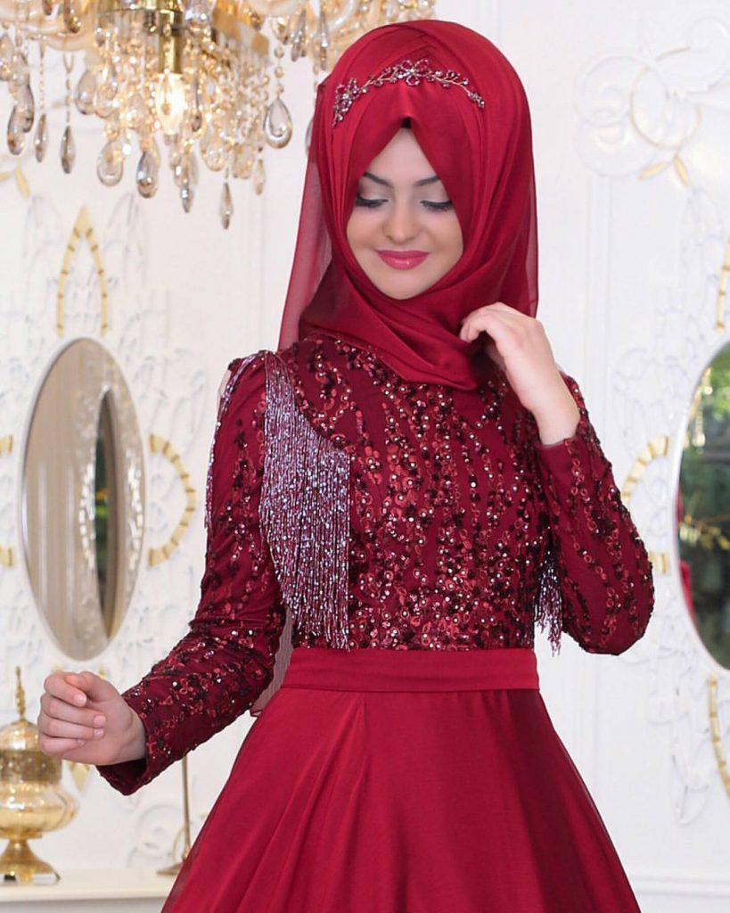 Pinarsems Abiye Modelleri 36 819x1024 - 2018 En Güzel Tesettür Abiye Elbiseleri
