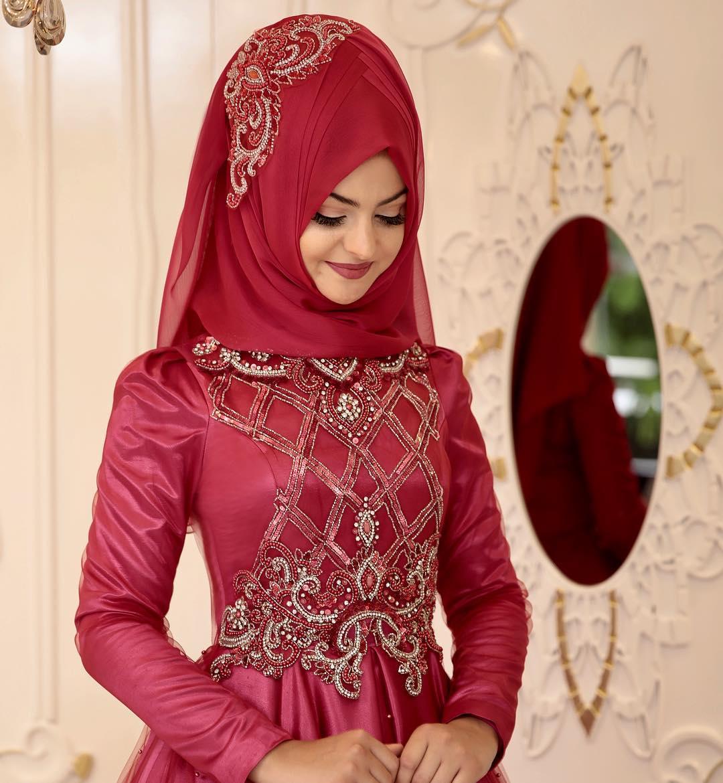 Tesettür Kırmızı Nişanlık Modelleri1 - 2018 Pınar Şems Abiye Modelleri