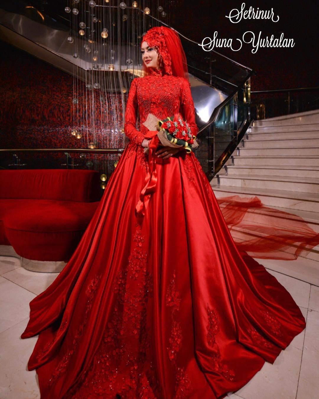 Tesettür Kırmızı Nişanlık Modelleri2 - 2018 En Şık Tesettürlü Nişanlık Abiye Elbise Modelleri