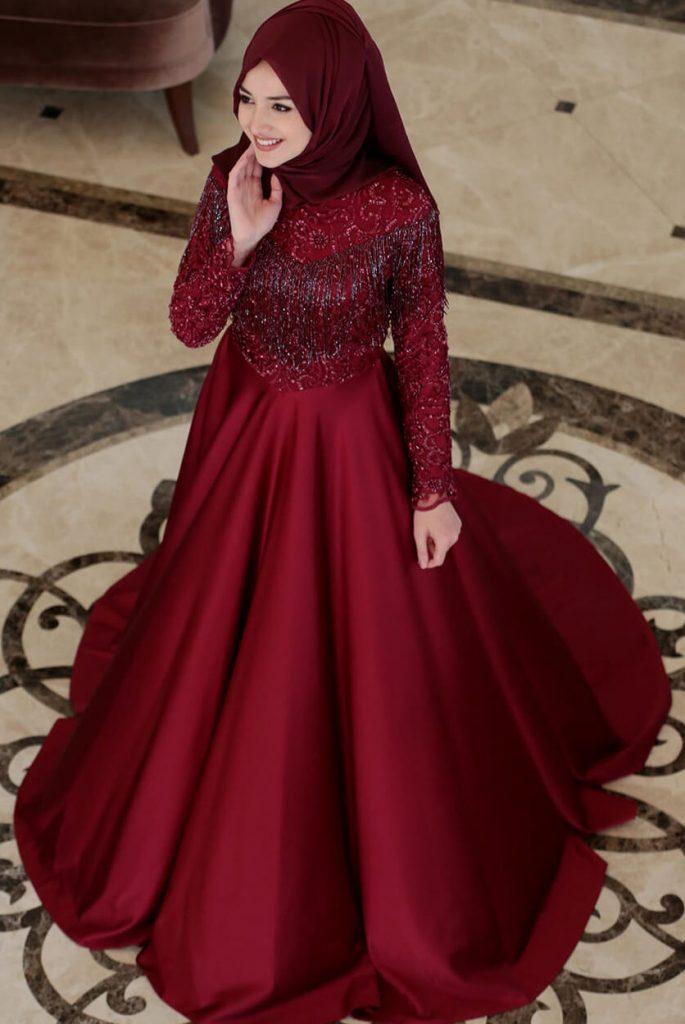 2018 Ganze Ozkul Tesettur Abiye Elbise Modelleri Mira Bordo e1521933905674 685x1024 - 2018 Gamze Özkul Abiye Elbise Modelleri