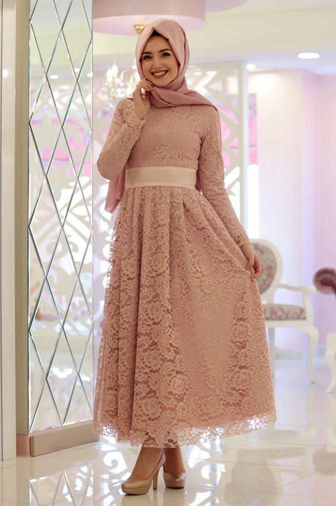 2018 Ganze Ozkul Tesettur Abiye Elbise Modelleri Rana Pudra 680x1024 - 2018 Gamze Özkul Abiye Elbise Modelleri