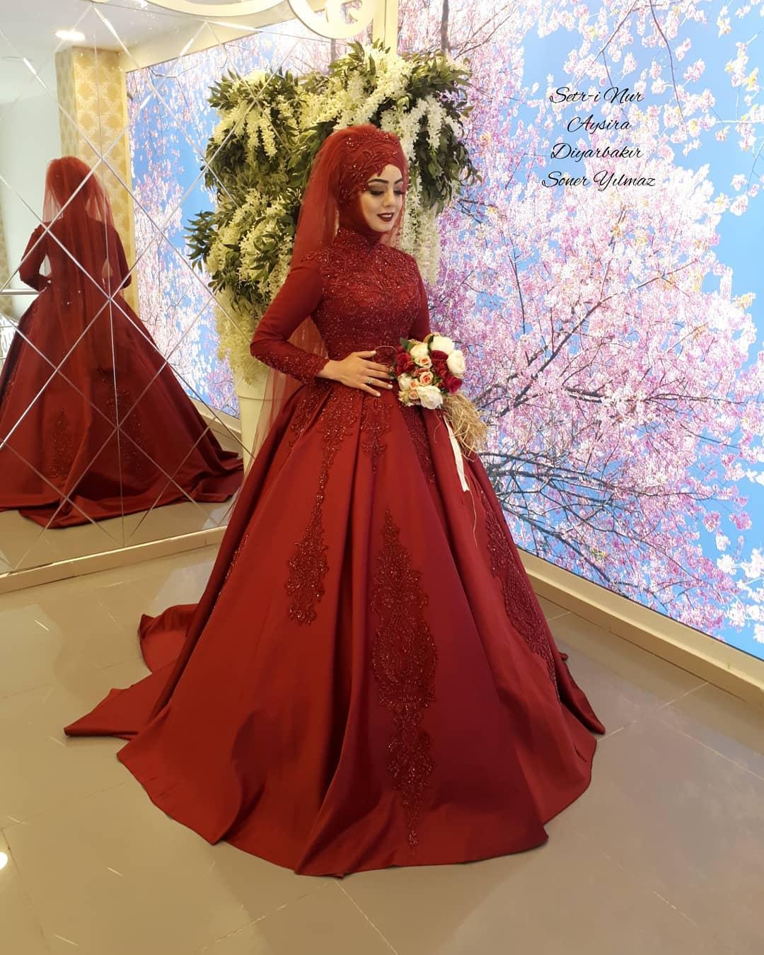 2018 Tesetturlu Nisanlık Elbise Modelleri 1