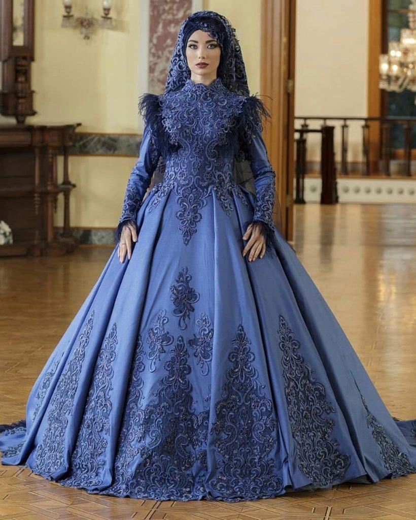 2018 Tesetturlu Nisanlık Elbise Modelleri 8 820x1024 - 2018 En Güzel Tesettür Abiye Elbiseleri