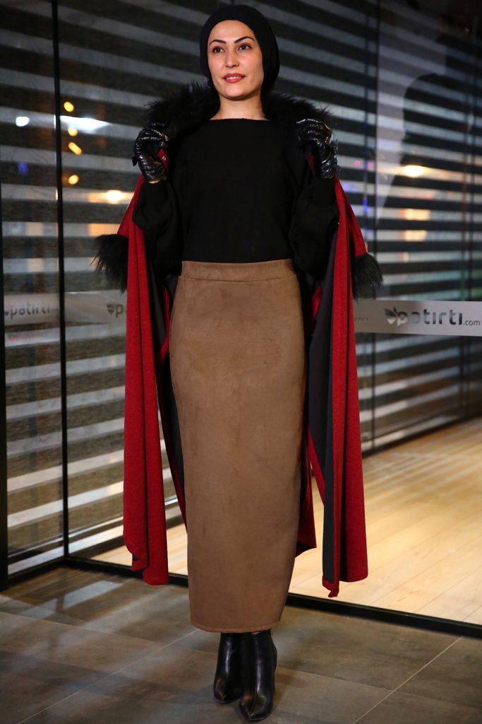 Patirti.com Kampanyali Urunler acik kahverengi etek 683x1024 - En Şık Patirti.com Tesettür Abiye Elbise Modelleri