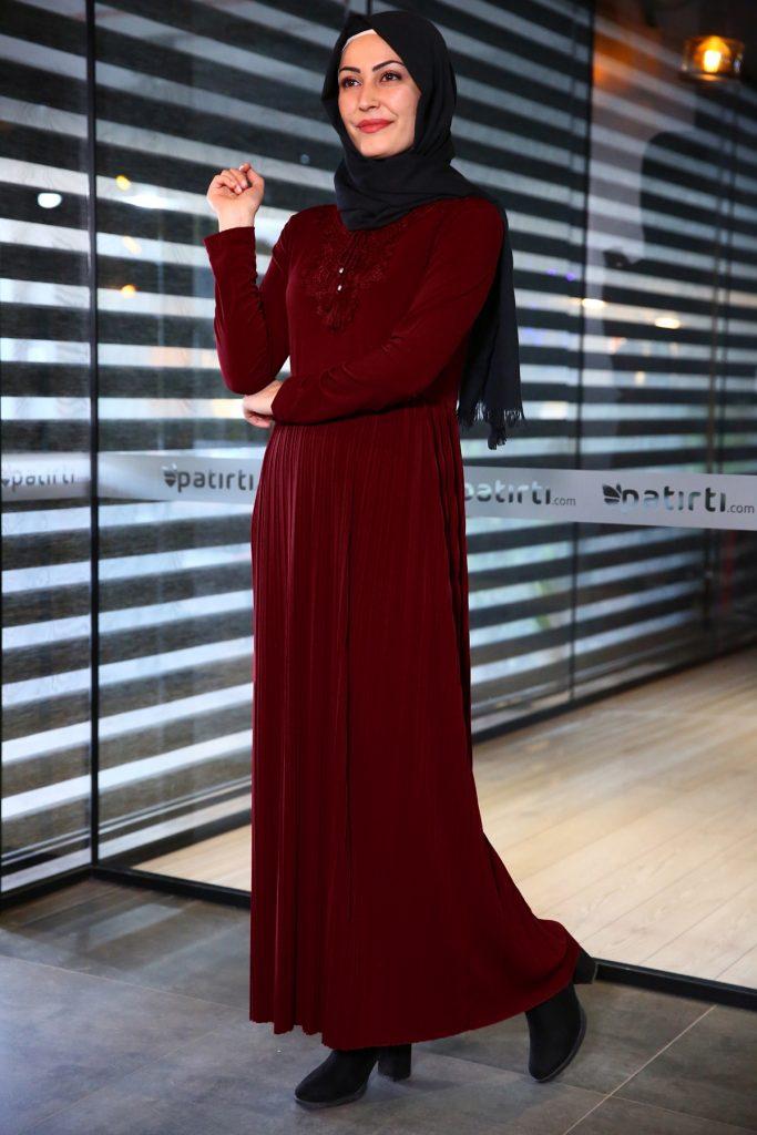 Patirti.com Kampanyali Urunler bagcik detay bordo elbise 683x1024 - En Şık Patirti.com Tesettür Abiye Elbise Modelleri