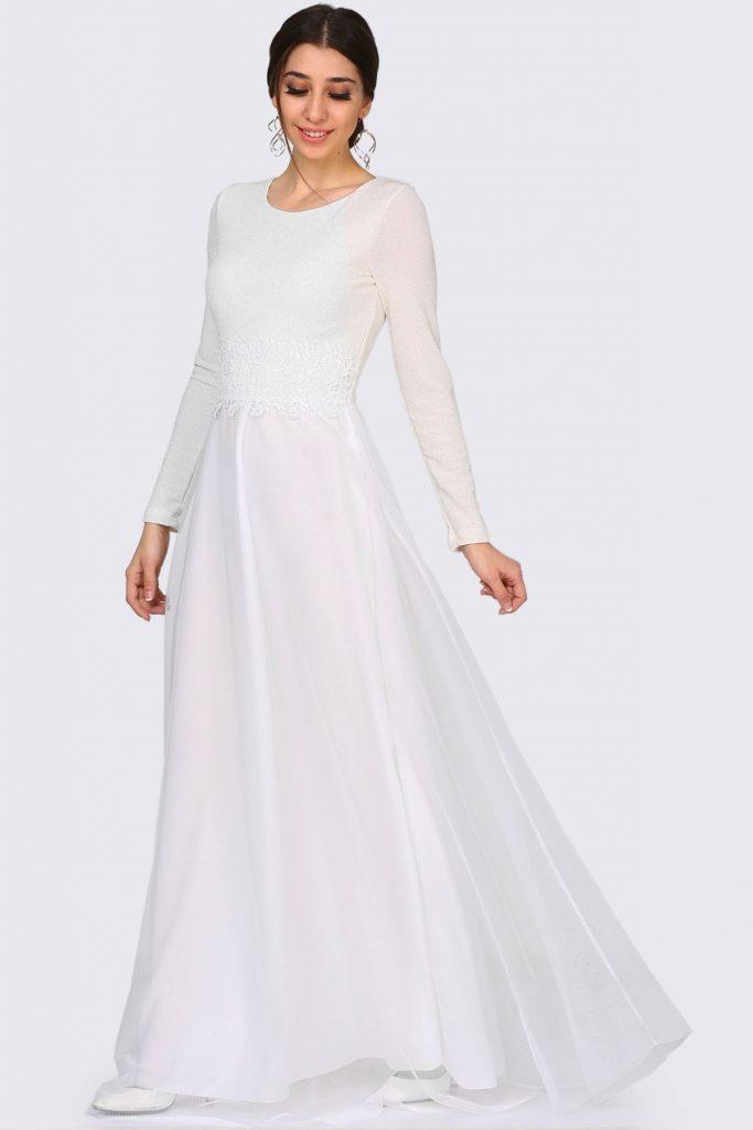 Patirti.com Tesettur Abiye dantel islemeli simli ekru abiye 683x1024 - En Şık Patirti.com Tesettür Abiye Elbise Modelleri