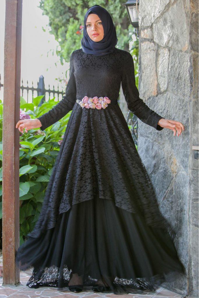 Patirti.com Tesettur Abiye gul kemerli abiye elbise siyah  683x1024 - En Şık Patirti.com Tesettür Abiye Elbise Modelleri