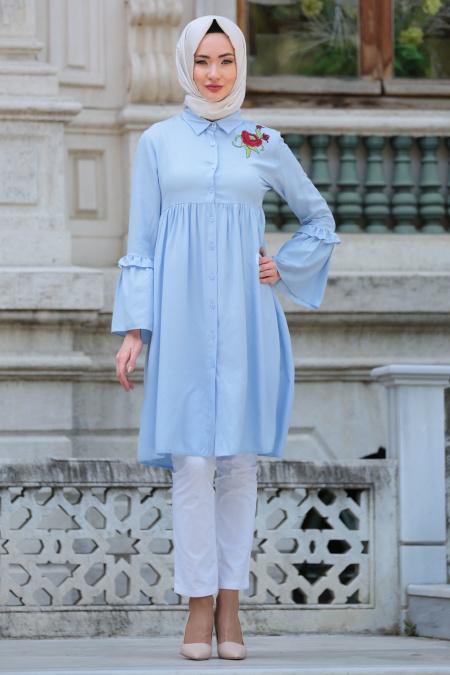 2018 Genc Tesettur Giyim Modelleri cicek detayli buzgulu bebe mavisi tesettur tunik - En Şık 2018 Tunik Modelleri