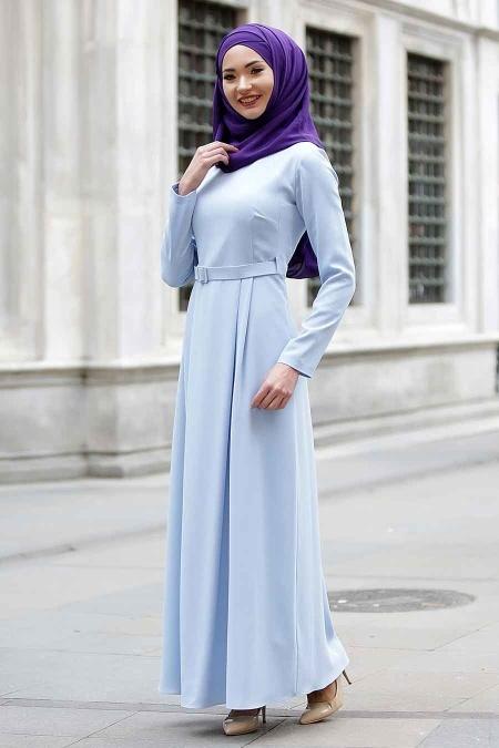 2018 Genc Tesettur Giyim Modelleri tuay kemerli bebe mavisi tesettur elbise - En Şık 2018 Tunik Modelleri
