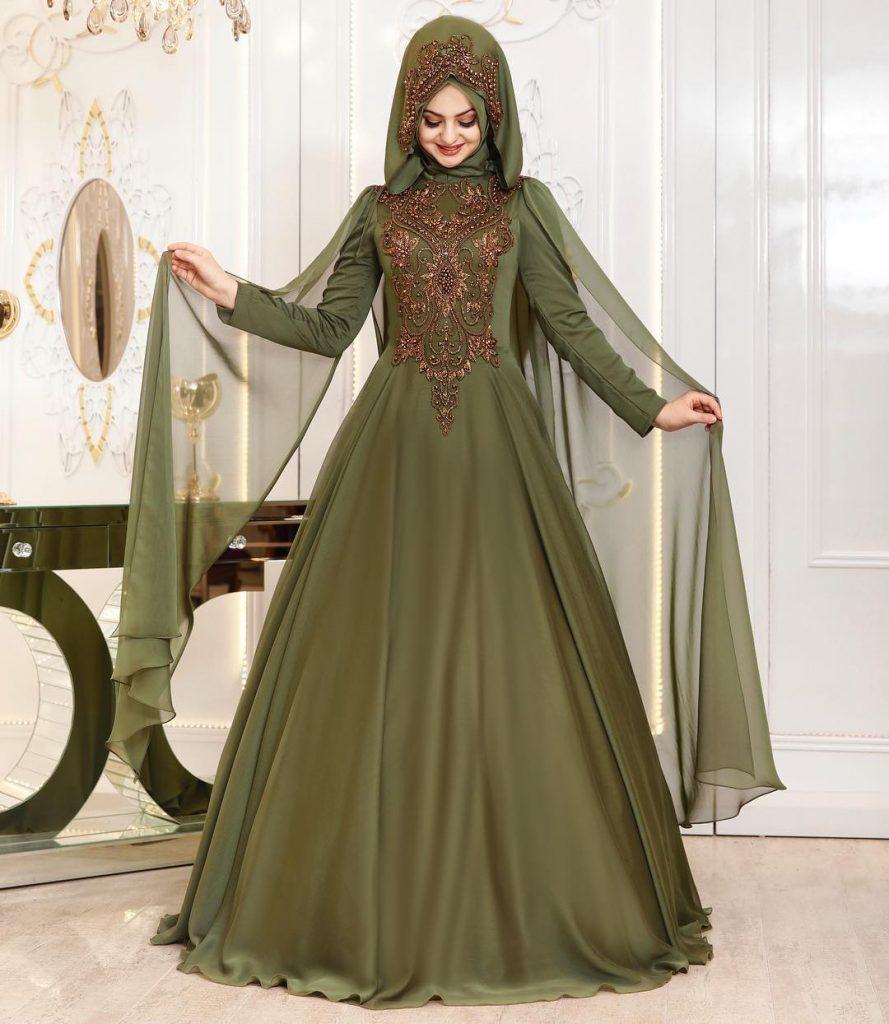 En Sik Pelerinli Tesettur Abiye Elbise Modelleri 3