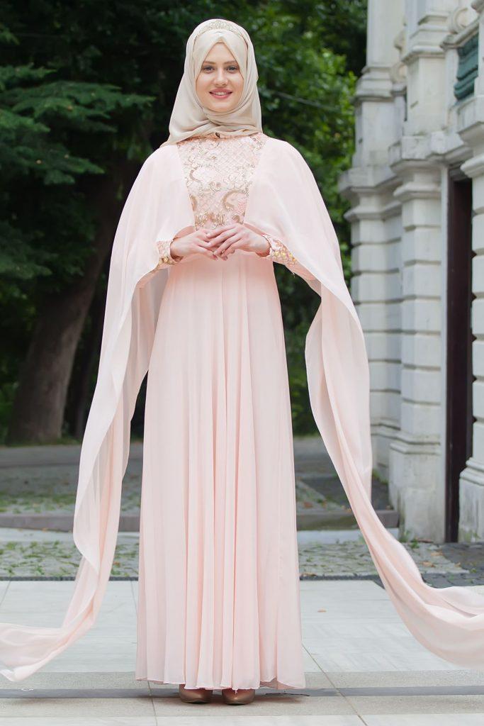 2018 Payetli Tesettur Abiye Elbise Modelleri-pelerinli-pul-payetli-hakim-yaka-abiye-elbise-pudra