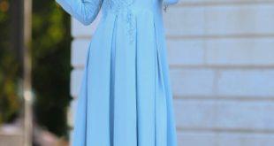 2018 Tesettur Pileli Abiye Elbise Modelleri pileli bebek mavisi