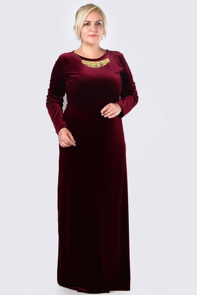 Buyuk Beden Tesettur Giyim Abiye Elbise Modelleri-kolye-aksesuarli-kadife-bordo
