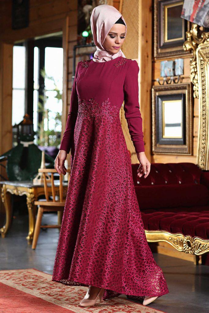 En Guzel Patirti.Com Tesettur Abiye Elbise Modelleri etegi dantel tesettur abiye murdum 683x1024 - En Güzel Patirti.Com Tesettür Abiye Elbise Modelleri