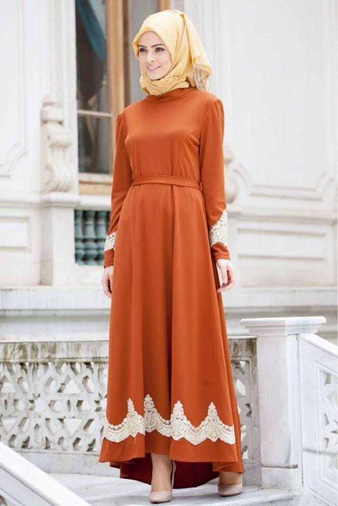 En Guzel Patirti.Com Tesettur Abiye Elbise Modelleri gupurlu kuyruklu tesettur abiye elbise hardal 683x1024 - En Güzel Patirti.Com Tesettür Abiye Elbise Modelleri