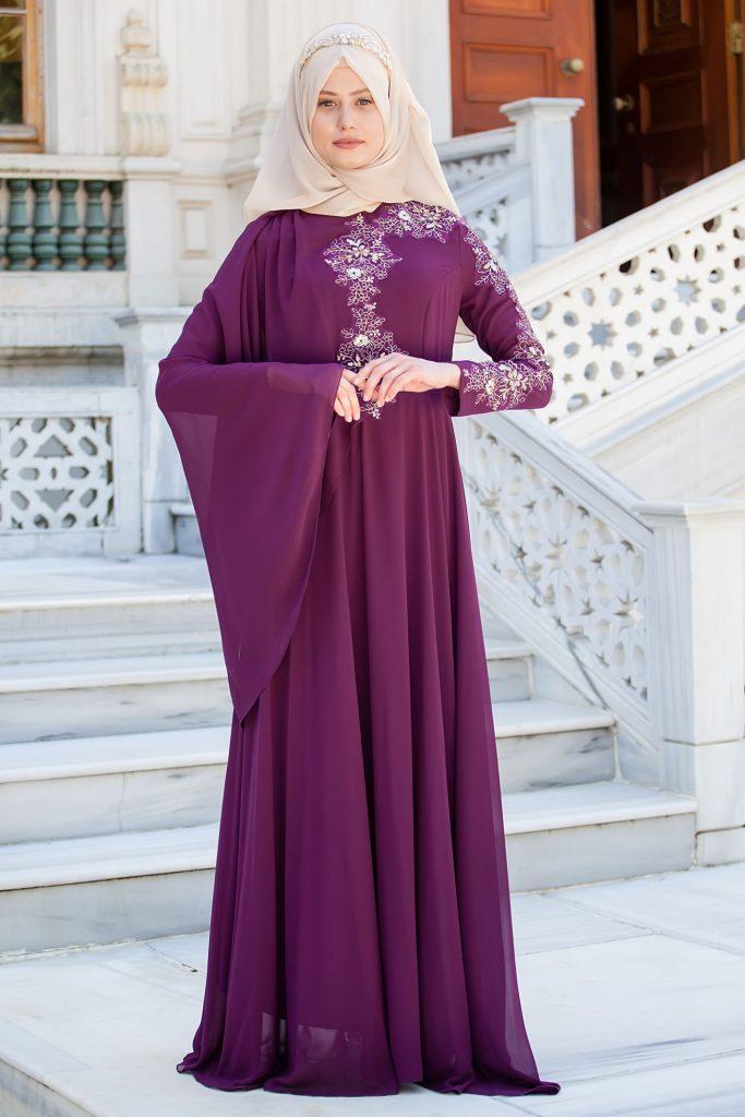 En Guzel Sedanur.com Tesettur Abiye Elbise Modelleri_kol-ve-gogus-kismi-dantel-detayli-mor