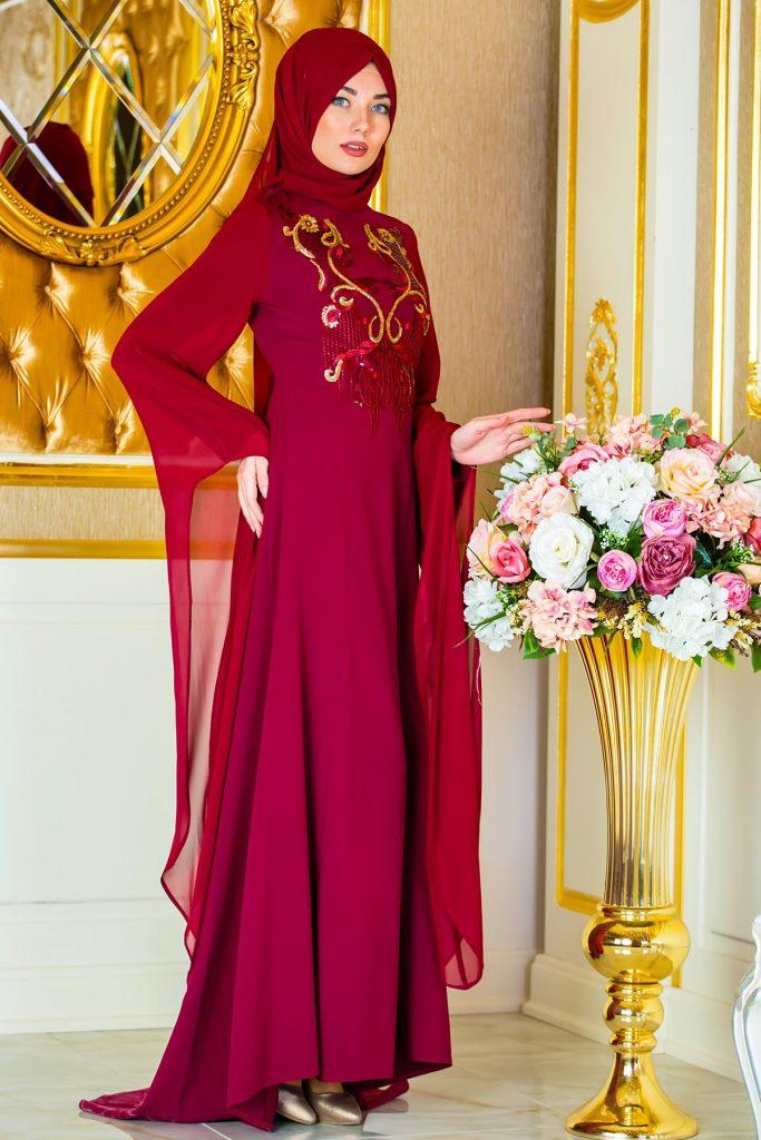 En Guzel Sedanur.com Tesettur Abiye Elbise Modelleri-omuzdan-pelerin-pul-payet-detayli-ozel-abiye-bordo