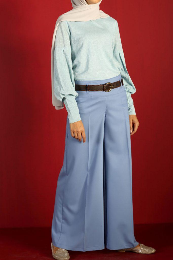 en sik tesettur bayan pantolon modelleri bol paca korsajli pantolon 1 683x1024 - En Şık Tesettür Bayan Pantolon Modelleri