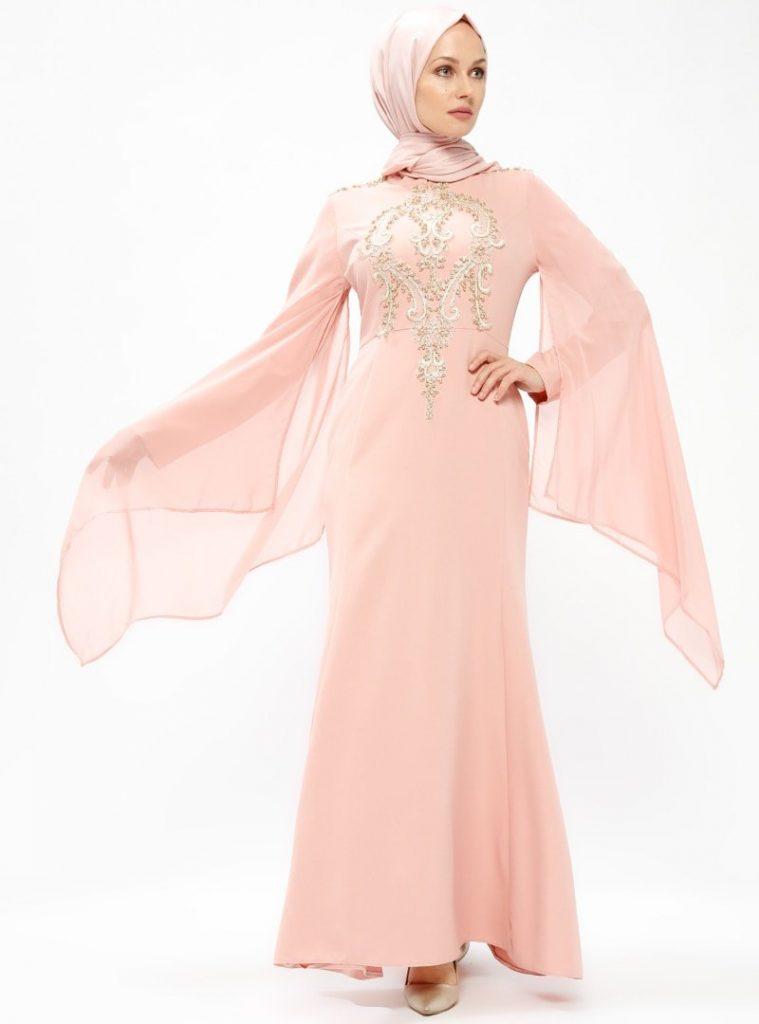 Modanisa Yeni Sezon Abiye Elbise Modeleri gupurlu-abiye-elbise--pudra--burun-458936-1
