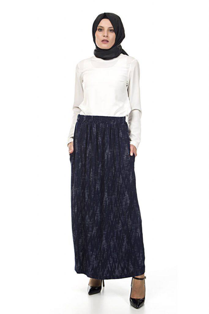 Tesettur Giyim Online Satis Siteleri desenli-etek-lacivert-white-friday-etek