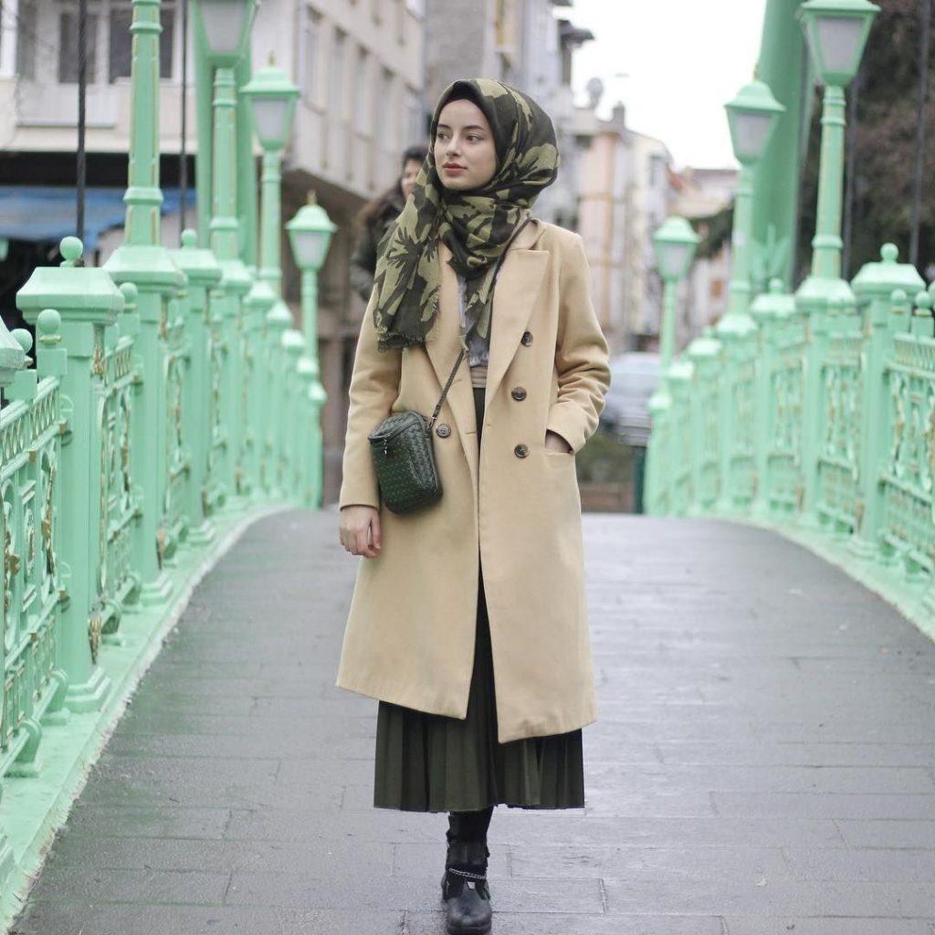 2019 Kış Mevsimine Özel En İyi Tesettür Giyim Palto ve Kaban Önerileri 10 1024x1024 - 2019 Kış Mevsimine Özel En İyi Tesettür Giyim Palto ve Kaban Önerileri