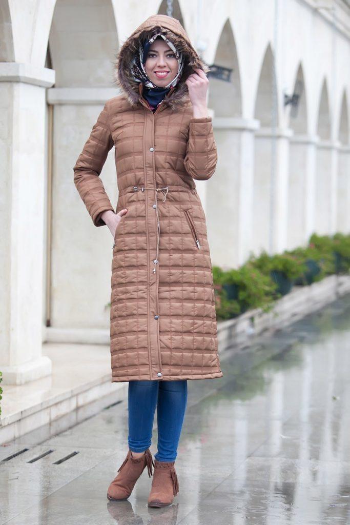 2019 Kış Mevsimine Özel En İyi Tesettür Giyim Palto ve Kaban Önerileri 5 683x1024 - 2019 Kış Mevsimine Özel En İyi Tesettür Giyim Palto ve Kaban Önerileri