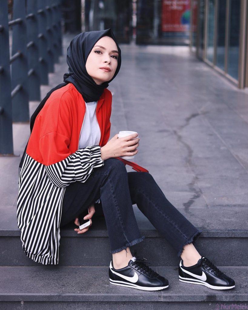 2019 kis tesettur modelleri12 819x1024 - 2019 Kış Tesettür Modelleri ve Giyim Trendi